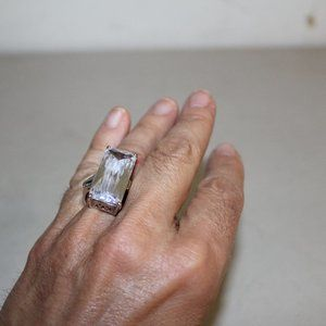 UNIQUE LARGE CUBIC ZIRCONIA STATEMENT RING SILVER